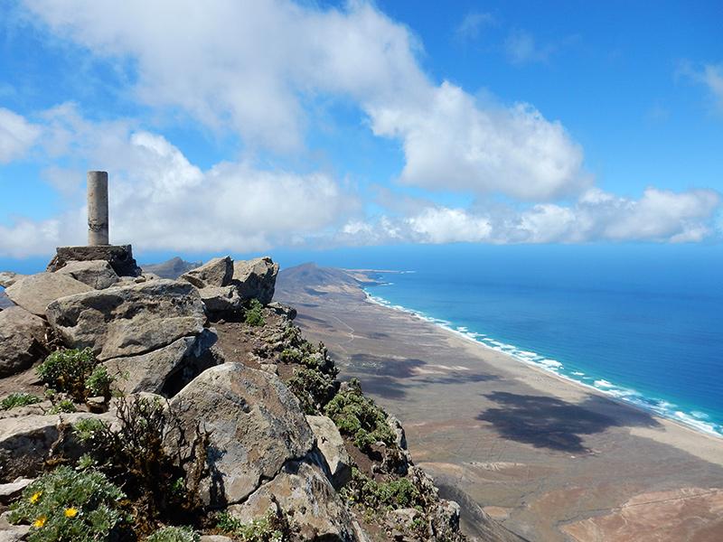 Wandern auf den Pico de la Zarza