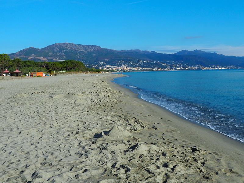 Korsika - Plage de Marana